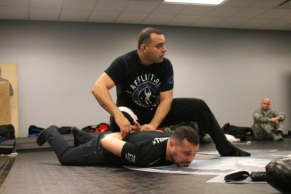 bjj-cross-training-for-self-defense